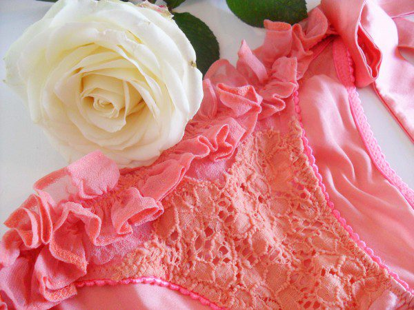 La-Lilouche-Lana-silk-knickers-review-600x450