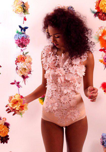 helen-valk-varavin-3d-lace-applique-silk-bodysuit-420x600
