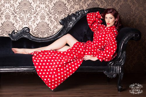 betty-blues-loungerie-red-polkadot-fleece-dressing-gown