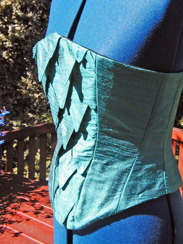 fish-scales-corset