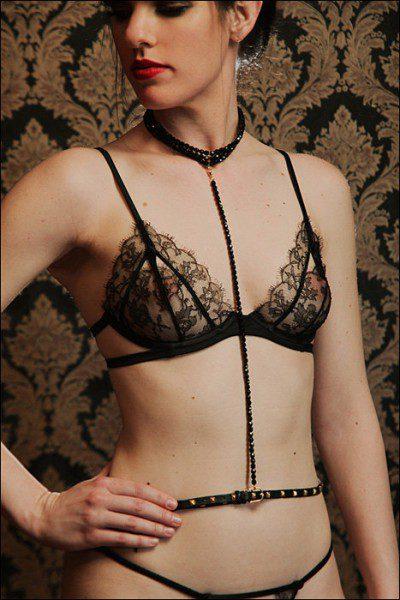 la-cage-beaded-harness-400x600