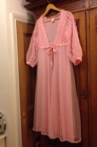 pink-peignoir-vintage-396x600