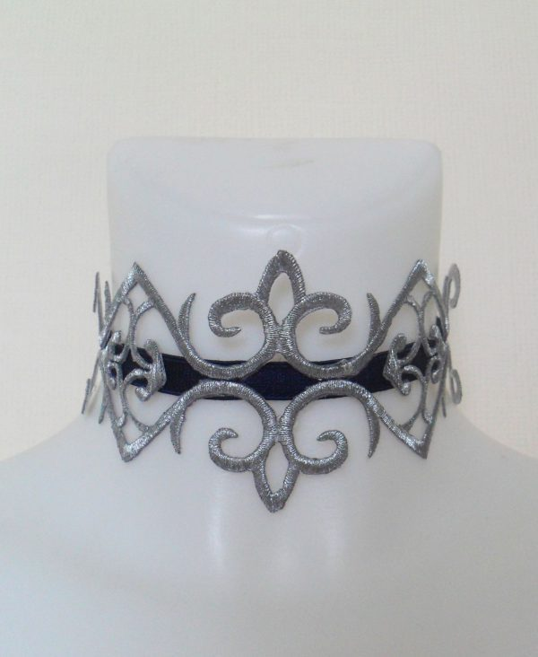 fleur-de-lys-silver-embroidered-choker-15990-p