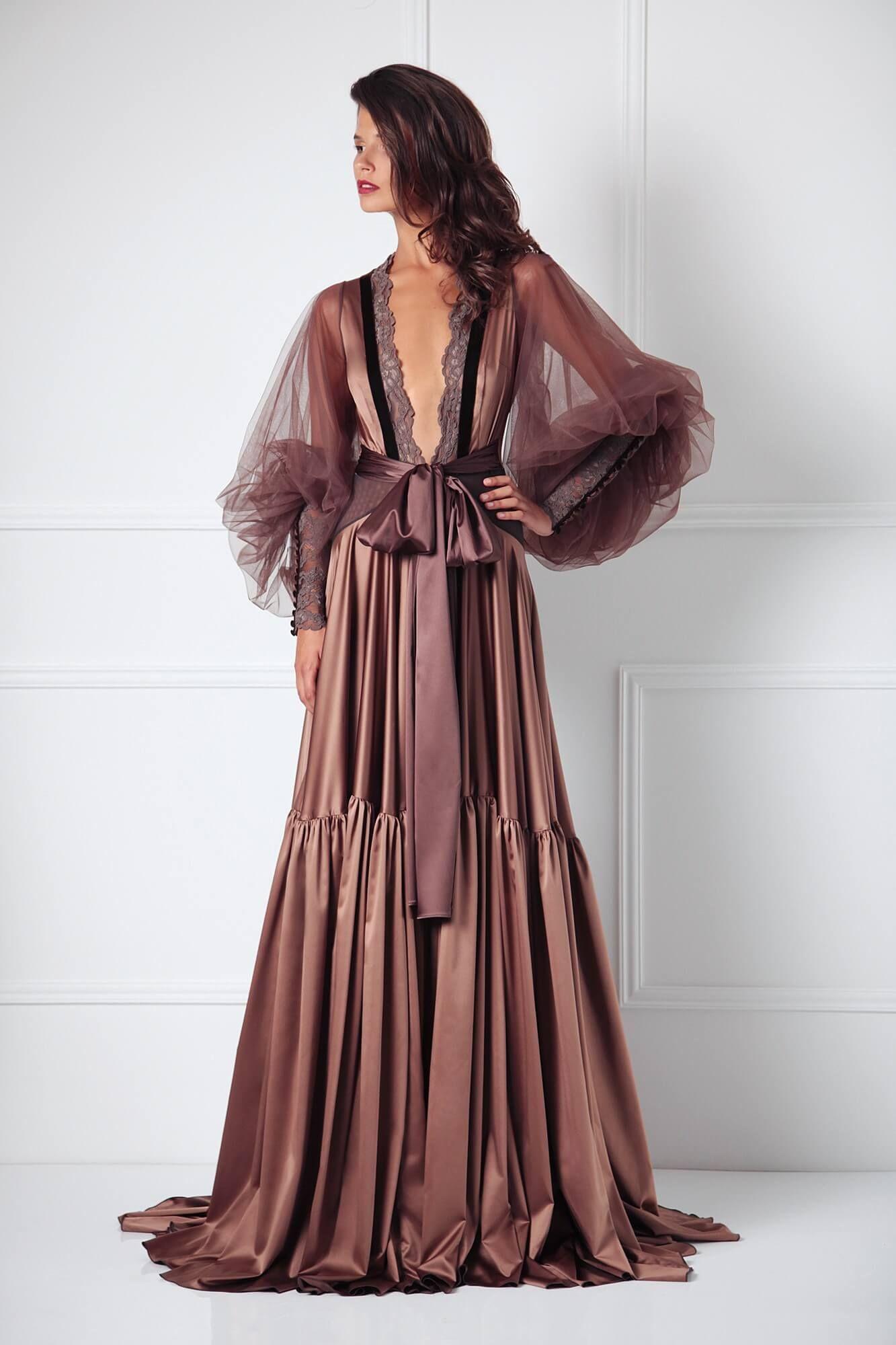 Amoralle Magnum brown satin puff sleeve robe